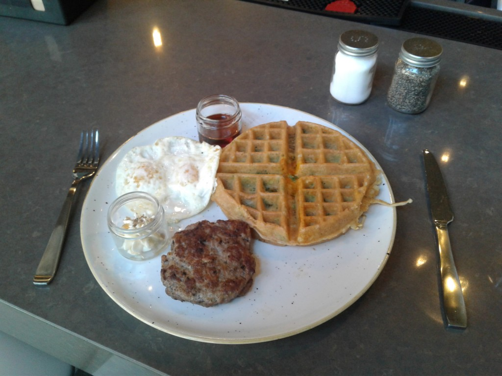 hen quarter waffle sausage eggs breakfast brunch penn quarter 750 e st nw washington restaurant