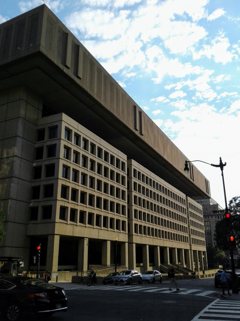 fbi headquarters washington dc penn quarter brutalist architecture