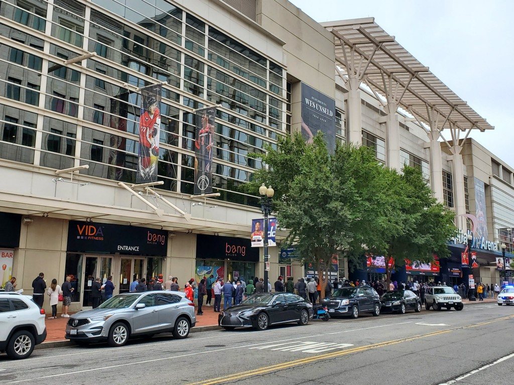 bettors at william hill washington dc capital one downtown