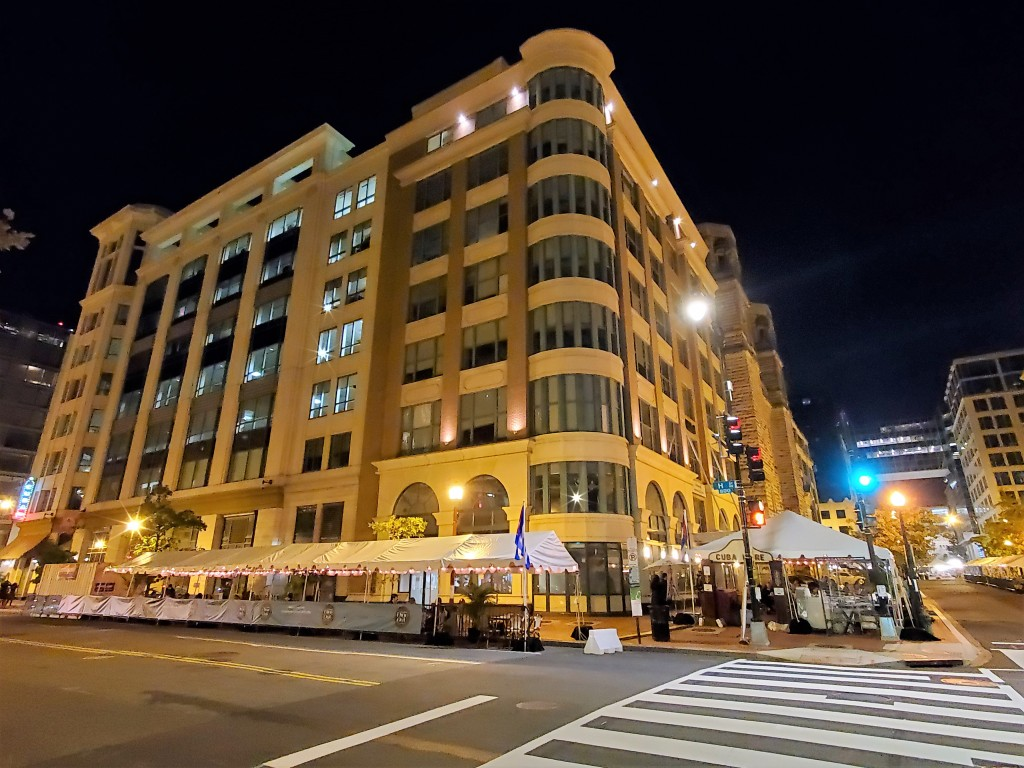 dine out on eighth downtown washington dc